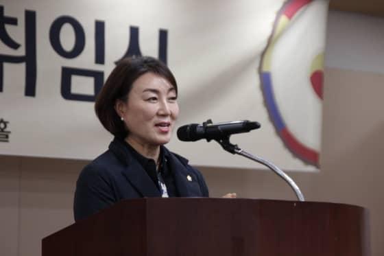 축사중인 김선임 시의원