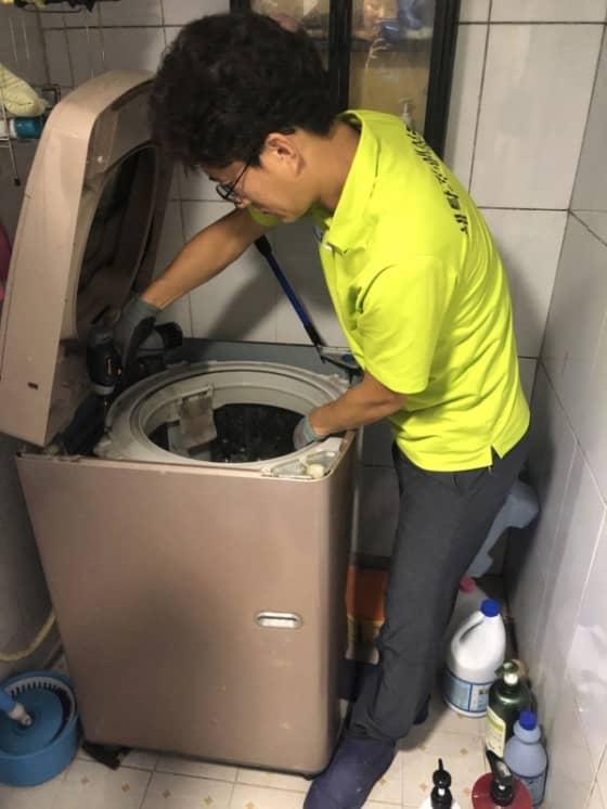 세탁기 분해 청소 사진